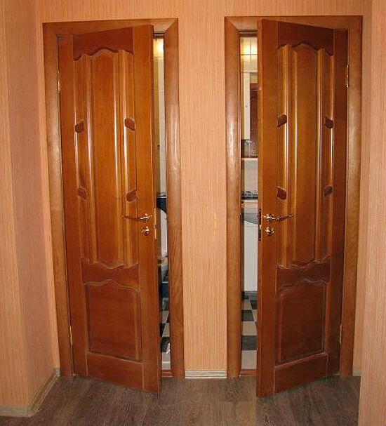 деревянная дверь ванная